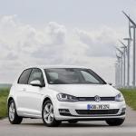 Volkswagen'in benzinli araçlarda emisyon hilesi yaptığı iddia ediliyor!