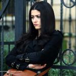 Deniz Çakır'dan tesettürlü kadınlara saygısızlık
