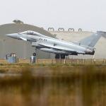 ABD'den sonra İngiltere'den Irak ve Suriye hamlesi: Savaş uçaklarının sayısını azaltıyor