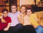 16 senelik bir aile komedisi: Çocuklar Duymasın