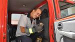 3 gündür çile çeken yavru kediyi iftaiyeci abileri kurtardı