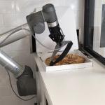 Pizzacıların pabucunu dama atan robot: Pazzi!