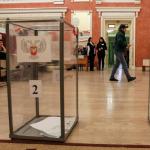 Ukrayna'dan tek taraflı olarak bağımsızlığını ilan eden iki bölgede seçim yapıldı