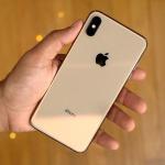 Apple: Yeni iPhone'ların çok satmamasının sebeplerinden biri geçen seneki pil değişim programı!