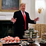 Trump, hükümetin kapanması nedeniyle konuklarına dışarıdan hamburger söyledi