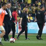 Derbide ilk gerginlik: Volkan Demirel & Hasan Şaş