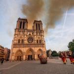 Notre Dame Katedrali'ndeki yangına neden havadan müdahale edilmedi?