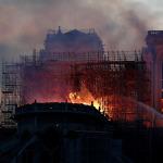 Notre Dame Katedrali için ulusal kampanya: İlk bağış geldi 100 milyon avro