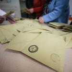 Aynı zarfta dört oy yer aldığı halde neden sadece il seçimleri iptal edildi?