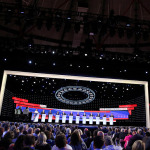 Demokratlar bir kez daha canlı yayında kozlarını paylaştı