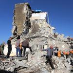 Arnavutluk'ta şiddetli depremin ardından ulusal yas ilan edildi