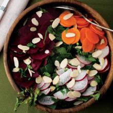 Ispanaklı Kök Salata