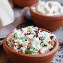 Yoğurtlu Lahana Salatası