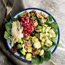 Avokadolu Sebzeli Salata