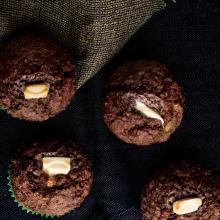 Muzlu Tam Buğday Unlu Beyaz Çikolatalı Muffin