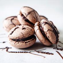 Çikolatalı Ganajlı Beze