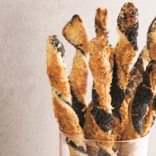 Parmesanlı Çubuklar
