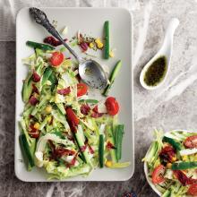 Pastırmalı Kekikli Salata