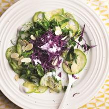 Rokalı Mor Lahanalı Kabak Salatası