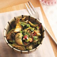 Yeşil Mercimekli Mantar Salatası