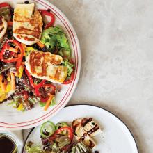 Renkli Hellim Salatası