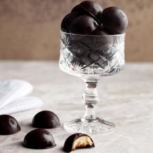 Yer Fıstık Dolgulu Çikolata