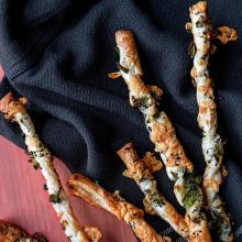 Parmesan ve Brokolili Çubuklar