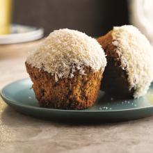 Beyaz Çikolatalı Hindistan Cevizli Cupcake