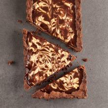 Çikolatalı ve Yer Fıstıklı Tart