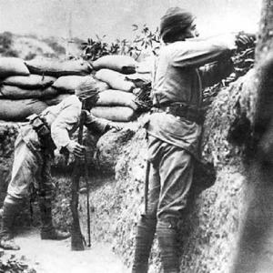 25 Nisan 1915: Arıburnu muharebeleri başladı