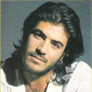 Türk şarkıcı, söz yazarı ve oyuncu Kerim Tekin'in ölüm yıl dönümü