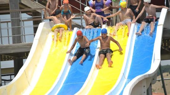 Çocuklu ailelerin rahatlıkla gidebileceği  5 tatil beldesi