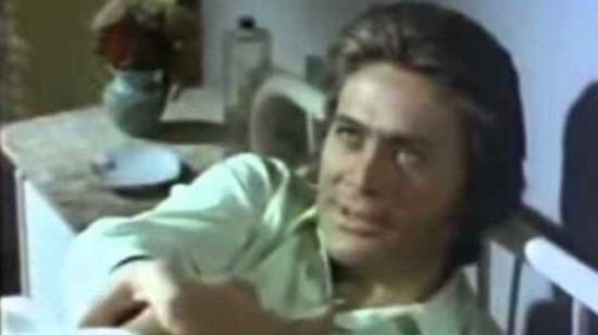Yeşilçam filmlerinde kahkahaya boğan dram sahneleri