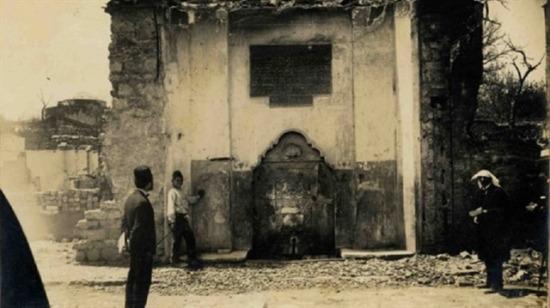 Osmanlı döneminde askerlerin savaşa uğurlandığı yer ''Ayrılık Çeşmesi''