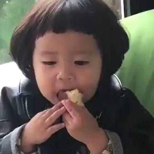 Yemek yerken hayatı sorgulamak