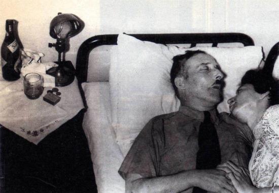 Ölüme giderken eşini de yanında götüren Stefan Zweig'in yürek burkan hikayesi...