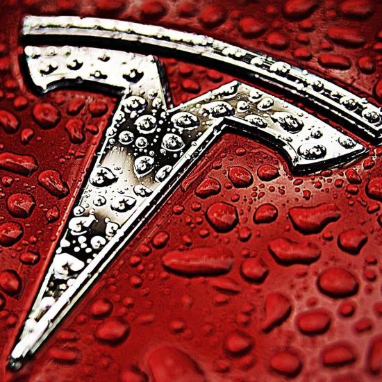 Tesla ve şıklık