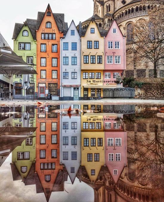 Köln'ün rengarenk manzarası