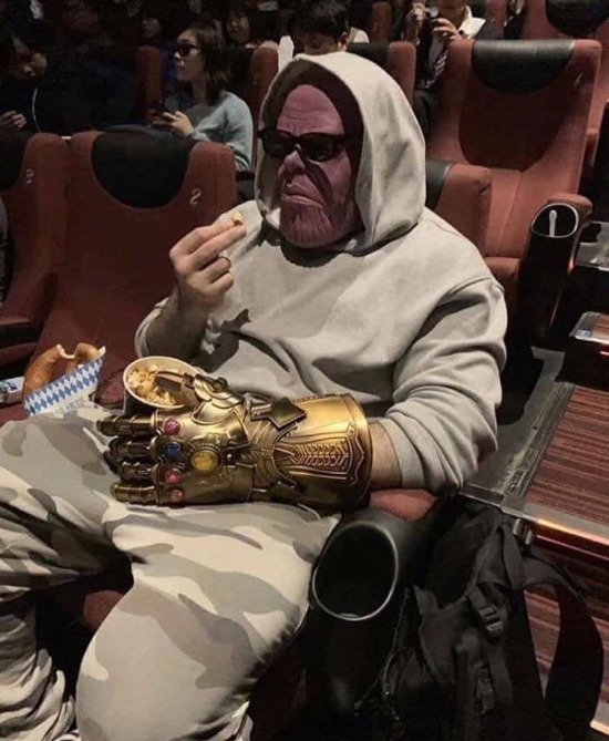 Thanos cosplay
