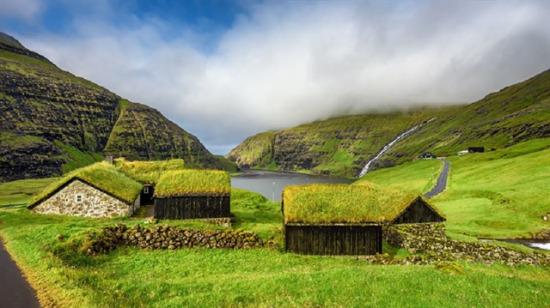 İskandinavya'nın masaldan fırlamış yemyeşil evleri