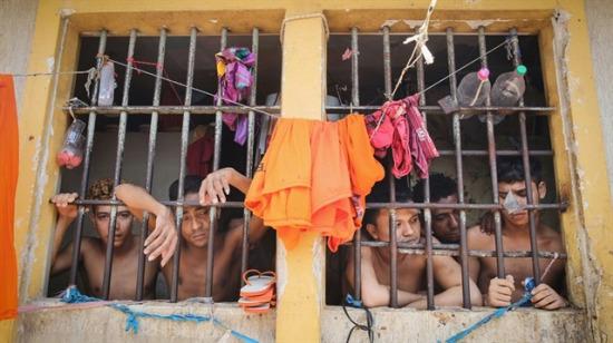 Brezilya'da hapishanede çeteler çatıştı: Başı kesilen ve yakılan 25 kişi öldü