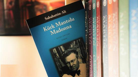 """Olay kitap """"Kürk Mantolu Madonna"""" hakkında bilinmesi gereken 10 şey"""