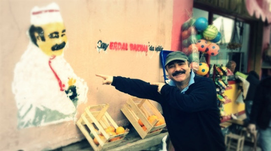 Erdal Bakkal'a edilen en komik 20 beddua: Son kullanma tarihin geçsin