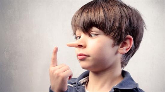 Bir kişinin yalan söylediğini anlamak için 6 püf nokta