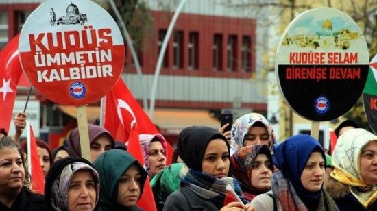Sosyal medyadan tepkiler yağıyor! Türkiye Kudüs için ayakta