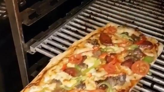 Pizza değil pide yiyelim