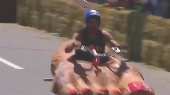 İzlemesi en eğlenceli araba yarışı