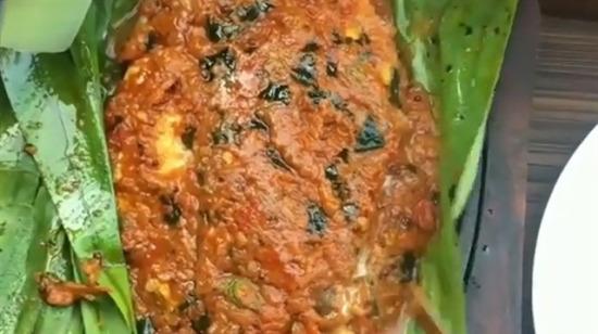 Güveçte soslu balık