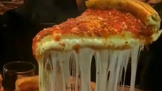 Bu pizzaya balıklama dalınır