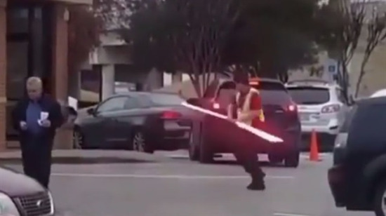 Bir Jedi kolay yetişmiyor